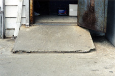 Concrete ramp: example of a slip and fall site